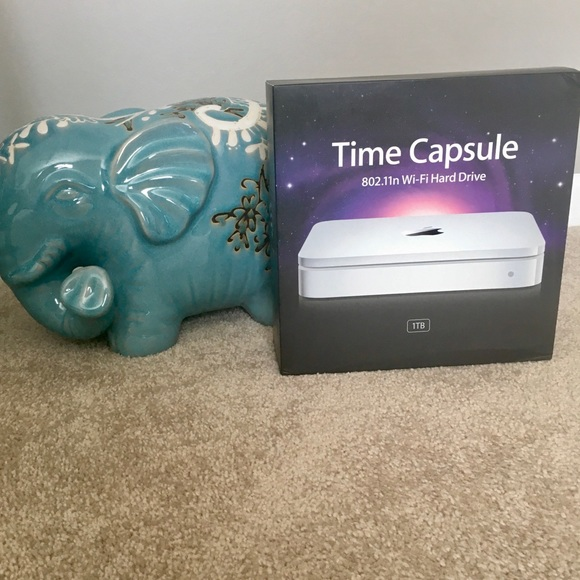 🍎Time Capsule - Never Used